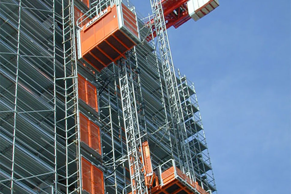 Noleggio ascensore da cantiere Napoli